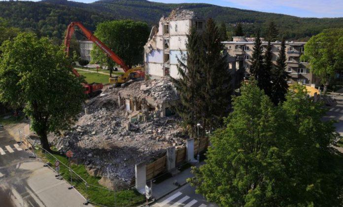 demolacia vyškovej v partizanskom